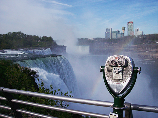 Prospect-Point-at-Niagara-Falls-from-Fever-Pitch-3.jpg