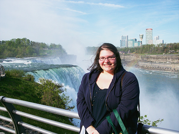 Christina-LeBlanc-at-Niagara-Falls-Prospect-Point-by-Live-the-Movies.jpg