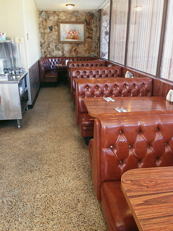 Franks-Restaurant-from-Gone-Girl-and-Parks-and-Rec-photo-by-Live-the-Movies-1.jpg