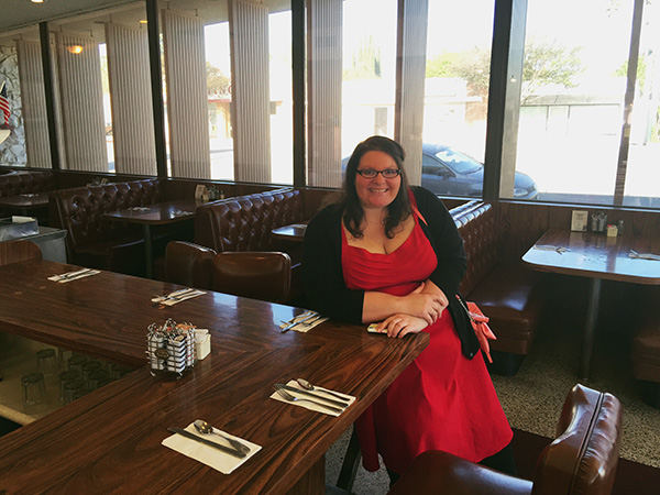 Christina-LeBlanc-at-bar-Franks-Restaurant-from-Gone-Girl-and-Parks-and-Rec-photo-by-Live-the-Movies-2.jpg