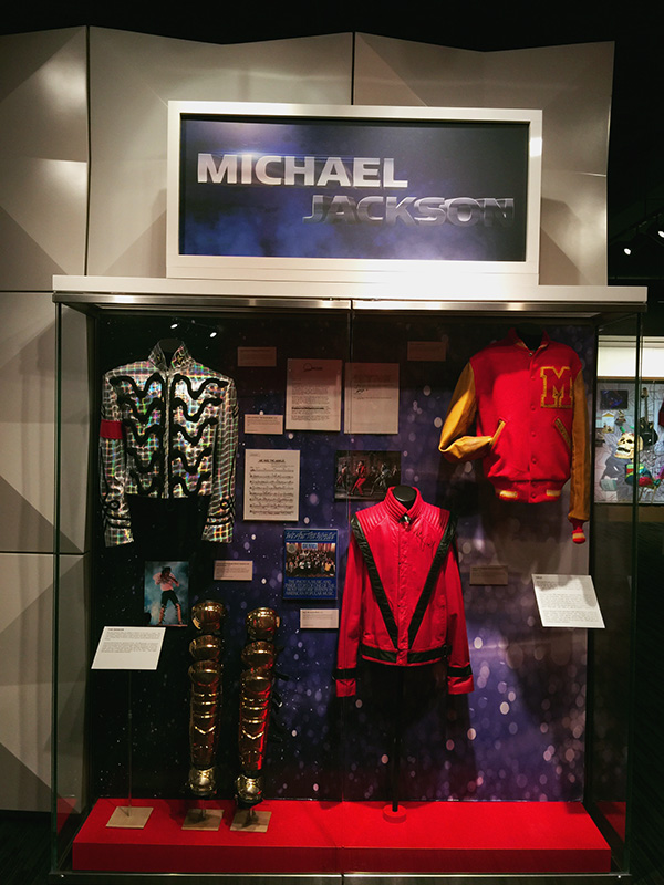 Michael-jackson-display-at-the-Grammy-Museum-at-LA-live-photo-by-Live-the-Movies.jpg