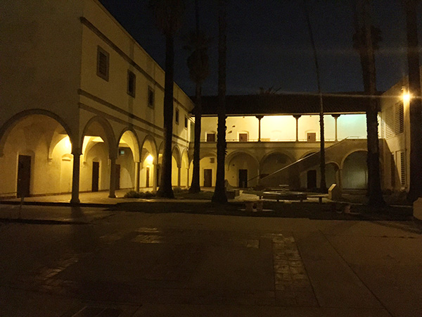 Courtyard-at-Torrance-High-School-as-Sunnydale-High-photo-by-Live-the-Movies.jpg