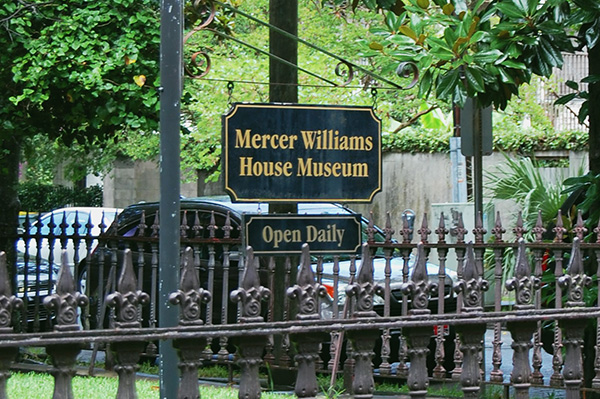 Mercer-Williams-House-Museum-from-Midnight-in-the-Garden-of-Good-and-Evil-by-Live-the-Movies-4.jpg