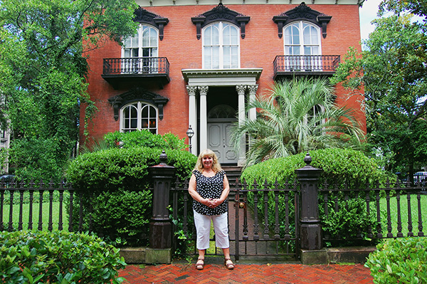 Patti-LeBlanc-at-Mercer-Williams-House-Museum-from-Midnight-in-the-Garden-of-Good-and-Evil-by-Live-the-Movies.jpg