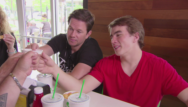 Wahlburgers-7.png