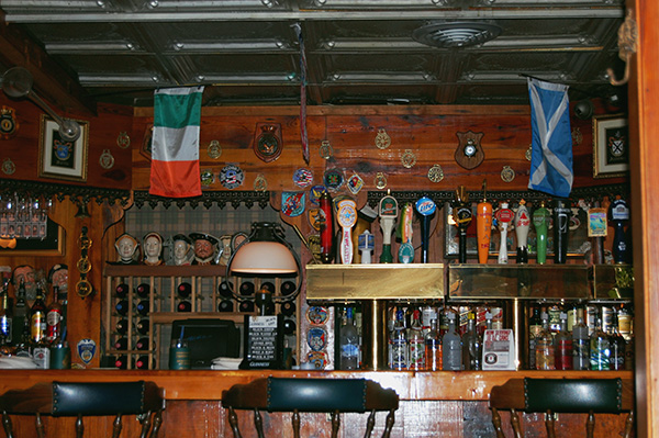 Bar-at-Six-Pence-Pub-From-Something-to-talk-About-by-Live-The-Movies.jpg