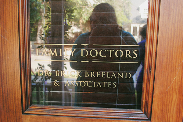 Brick-and-Zoes-Medical-Office-from-Hart-of-Dixie-Sign-on-Door-photo-by-Live-the-Movies.jpg