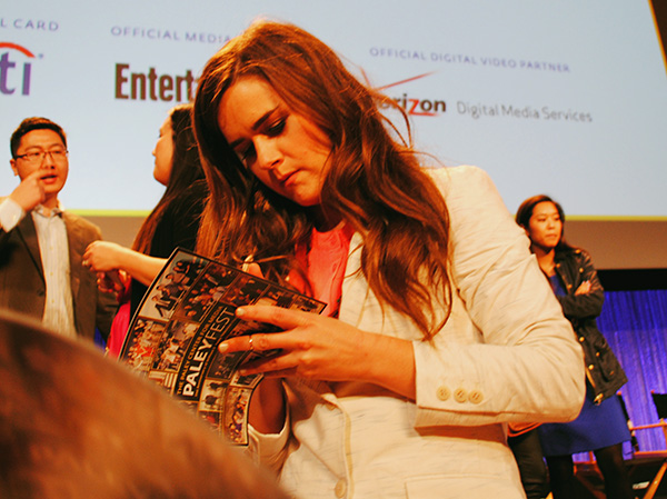 Zoe-Jarman-signing-autographs-at-Mindy-Project-PaleyFest-2014-photo-by-Live-the-Movies.jpg