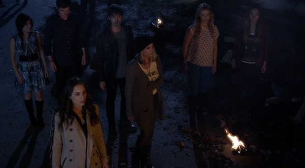Pretty-Little-Liars-Tobys-House-505-explosion-7.png