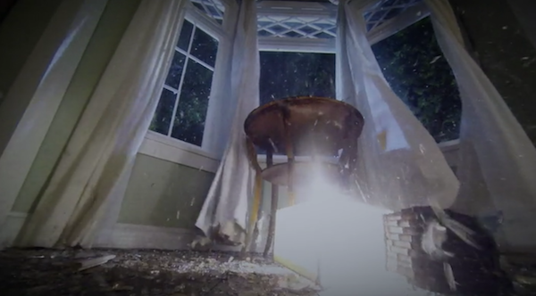 Pretty-Little-Liars-Emilys-House-505-explosion2.png