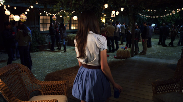 Noel-Kahns-cabin-from-Pretty-Little-Liars-4.png