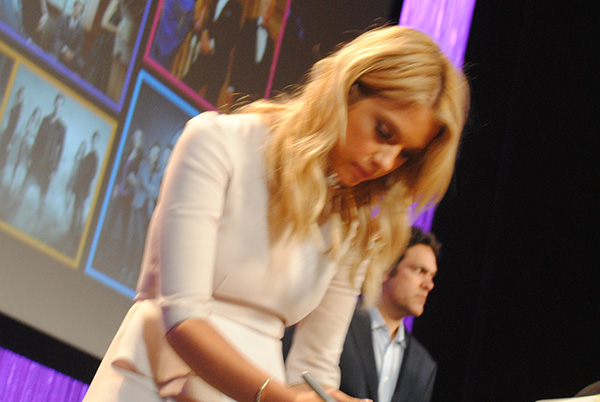 Ashley-Benson-signing-autographs-at-Pretty-Little-Liars-PaleyFest-panel-Live-the-Movies.jpg