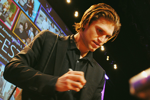 Keegan-Allen-signing-autographs-at-Pretty-Little-Liars-PaleyFest-panel-Live-the-Movies.jpg