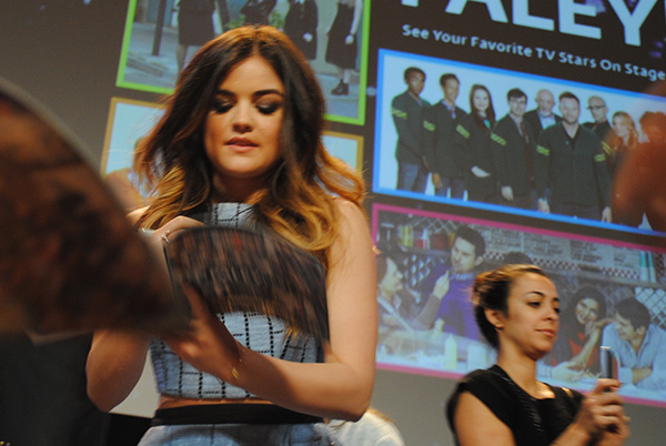 Lucy-Hale-signing-autographs-at-Pretty-Little-Liars-PaleyFest-panel-Live-the-Movies.jpg