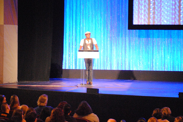 Wayne-Brady-Hosting-How-I-Met-Your-Mother-PaleyFest-Panel-Farewwell-2014-Live-the-Movies.jpg
