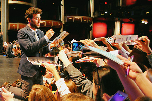 Josh-Radnor-signing-autographs-at-2014-PaleyFest-Farewell-How-I-Met-Your-Mother-Live-the-Movies.jpg