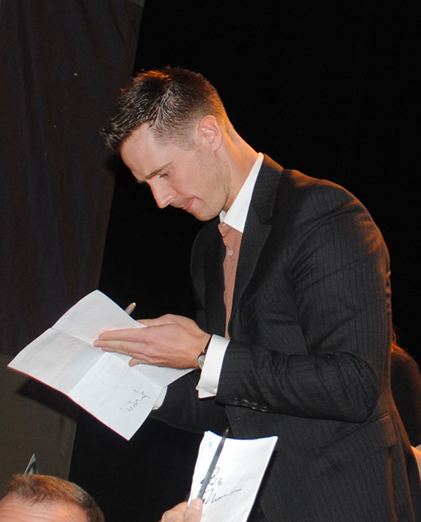 Jason-Dohring-at-Veronica-Mars-Paley-Fest-Panel-Live-the-Movies.jpg