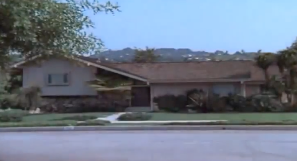 The-Brady-Bunch-House-1.png