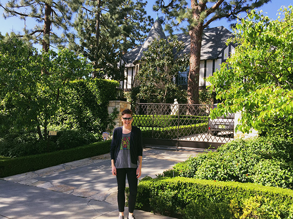 Alex-Jackman-at-Dionnes-House-from-Clueless-photo-by-Live-the-Movies.jpg