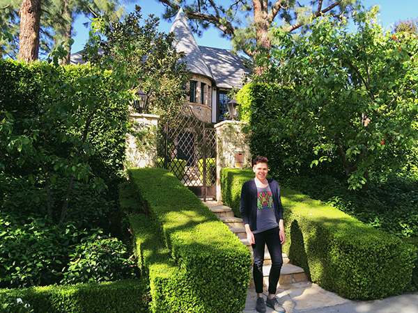 Alex-Jackman-at-Dionnes-House-from-Clueless-photo-by-Live-the-Movies-2.jpg