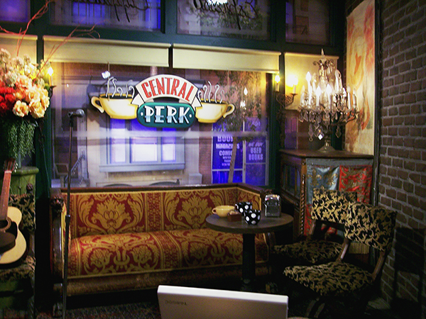 Central-Perk-from-Friends-by-Live-the-Movies-6.jpg