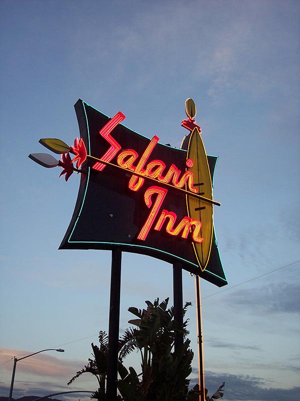 Safari-Inn-from-Desperate-Housewives-Prison-Break-True-Romance.jpg