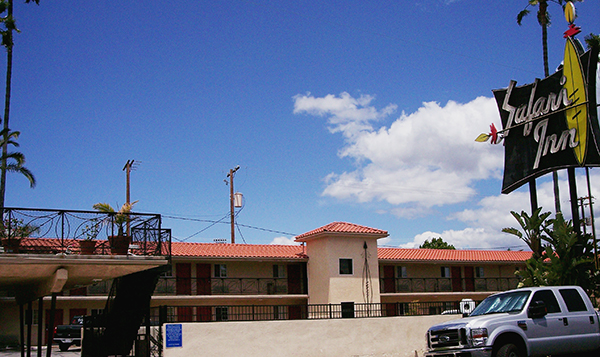 Safari-Inn-from-street-view-by-Live-the-Movies.jpg
