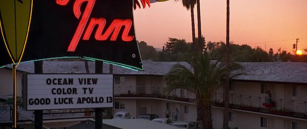 Safari-Inn-Burbank-from-Apollo-13-2.png