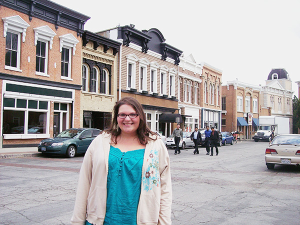 Christina-LeBlanc-at-Downtown-Bluebell-Alabama-from-Hart-of-Dixie-by-Live-the-Movies.jpg