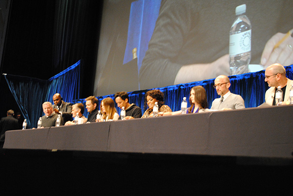 Table-Read-by-Community-Cast-at-Paleyfest-photo-by-Live-the-Movies.jpg