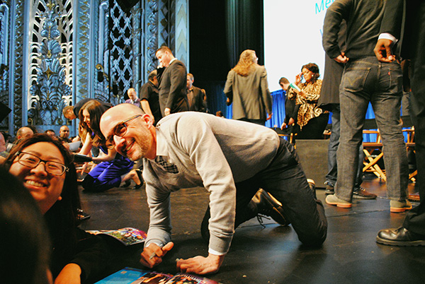 Jim-Rash-posing-with-fans-Community-Cast-at-Paleyfest-photo-by-Live-the-Movies.jpg