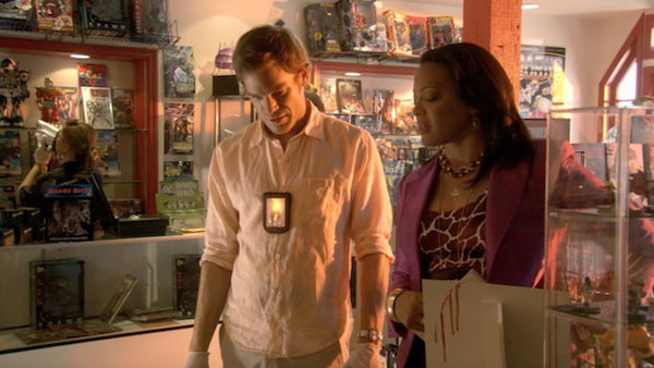 Shoreline-Village-Comic-Book-Store-from-Dexter-205-3.png