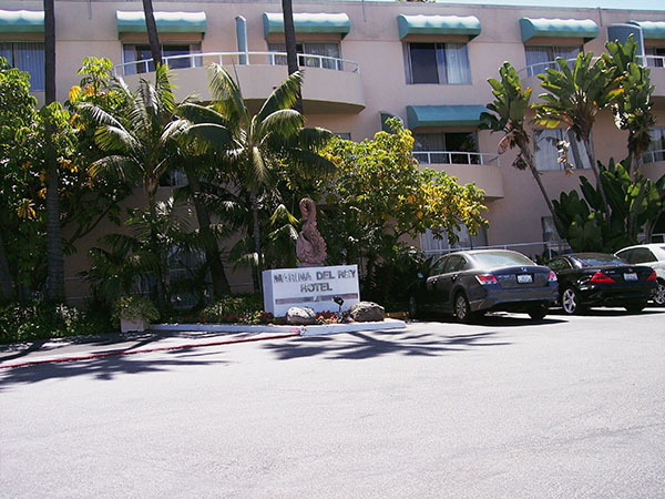 Blood-spattered-Marina-View-Hotel-from-Dexter-by-Live-the-Movies-3.jpg