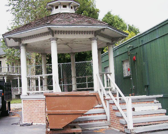 Gazebo-from-Go-On-By-Live-the-Movies-2.jpg