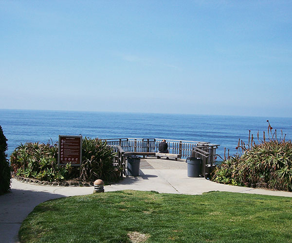 Oak-Street-Lookout-from-Laguna-Beach-by-Live-the-Movies-1.jpg