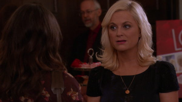 Leslie-Knope-Waffle-Necklace-Valentines-Day-Parks-and-Recreation-3.png