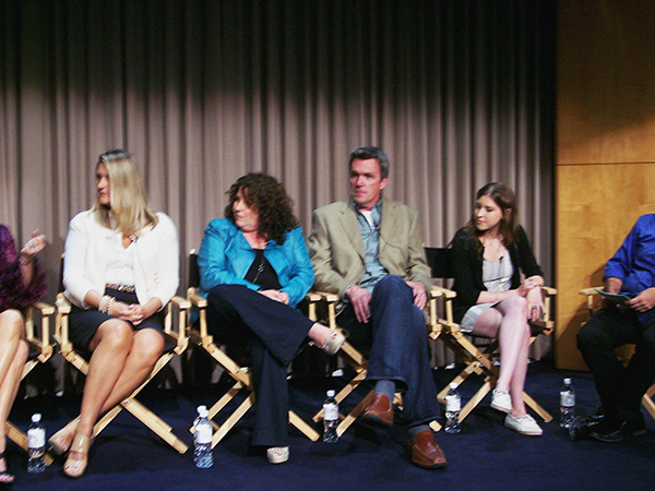 Cast-and-Creators-of-the-Middle-at-Paley-Fest-photo-by-Live-the-Movies.jpg