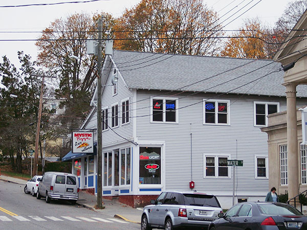 Mystic-Pizza-CT-by-Live-the-Movies-1.jpg