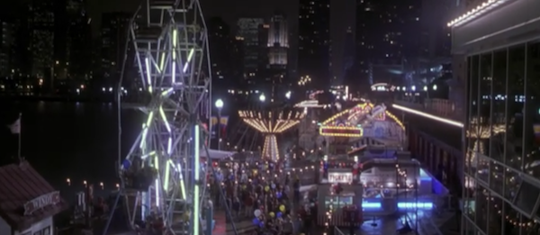 Navy-Pier-from-Never-Been-Kissed.png