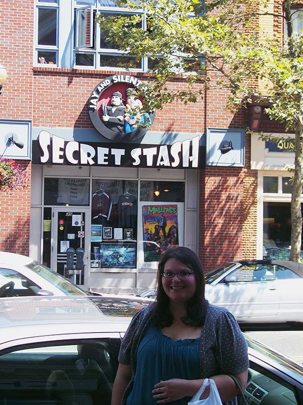 Chrisitna-LeBlanc-at-Jay-and-Silent-Bobs-Secret-Stash-Kevin-Smith-Live-the-Movies.jpg