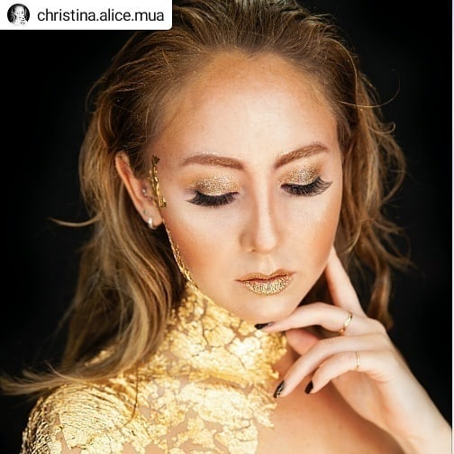 @christina.alice.mua and I got together to have a creative play a while ago. Here is one of the beautiful images we created.  #allthatglittersisgold • • • • • #allgoldeverything shot by the amazing @lovemetrue.nz . . . #makeup #creative #creativemakeup #goldleaf #gold #makeupartist #beauty #shine