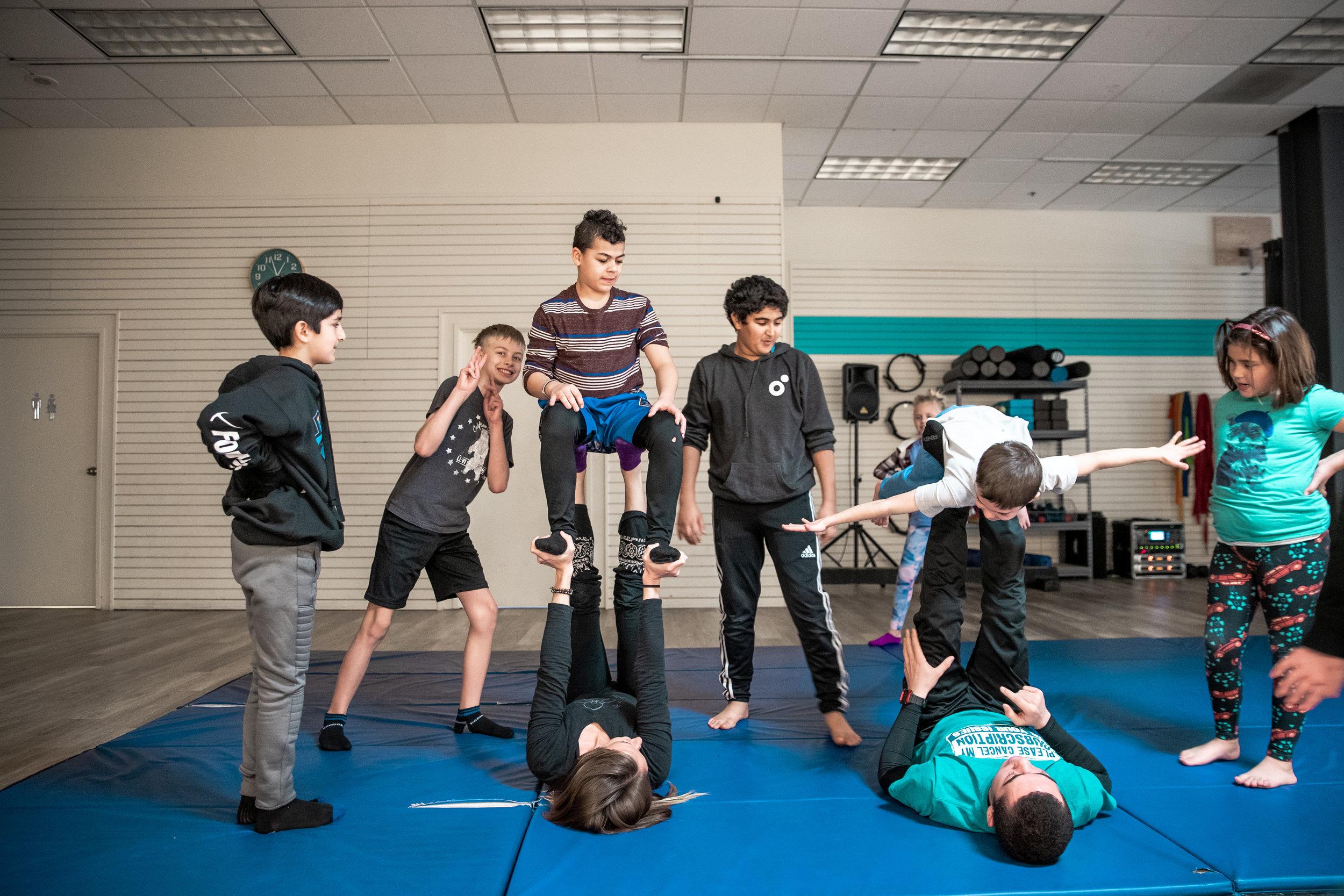 acro yogis -