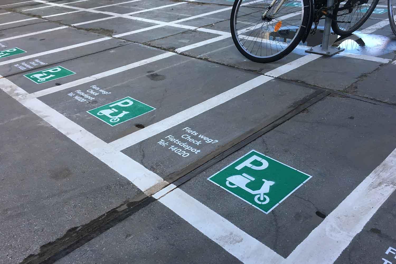 Scooter-parking_Beauty05.jpg