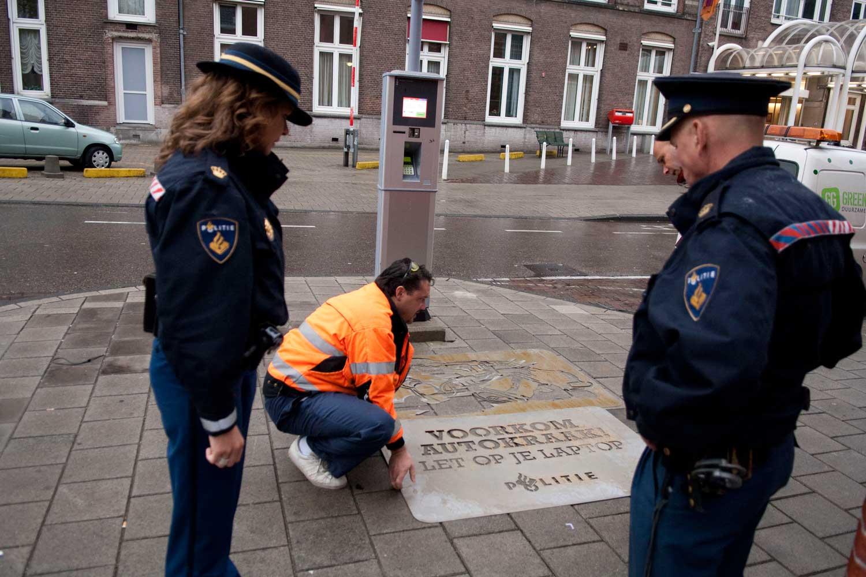 Police_informative-gallery.jpg