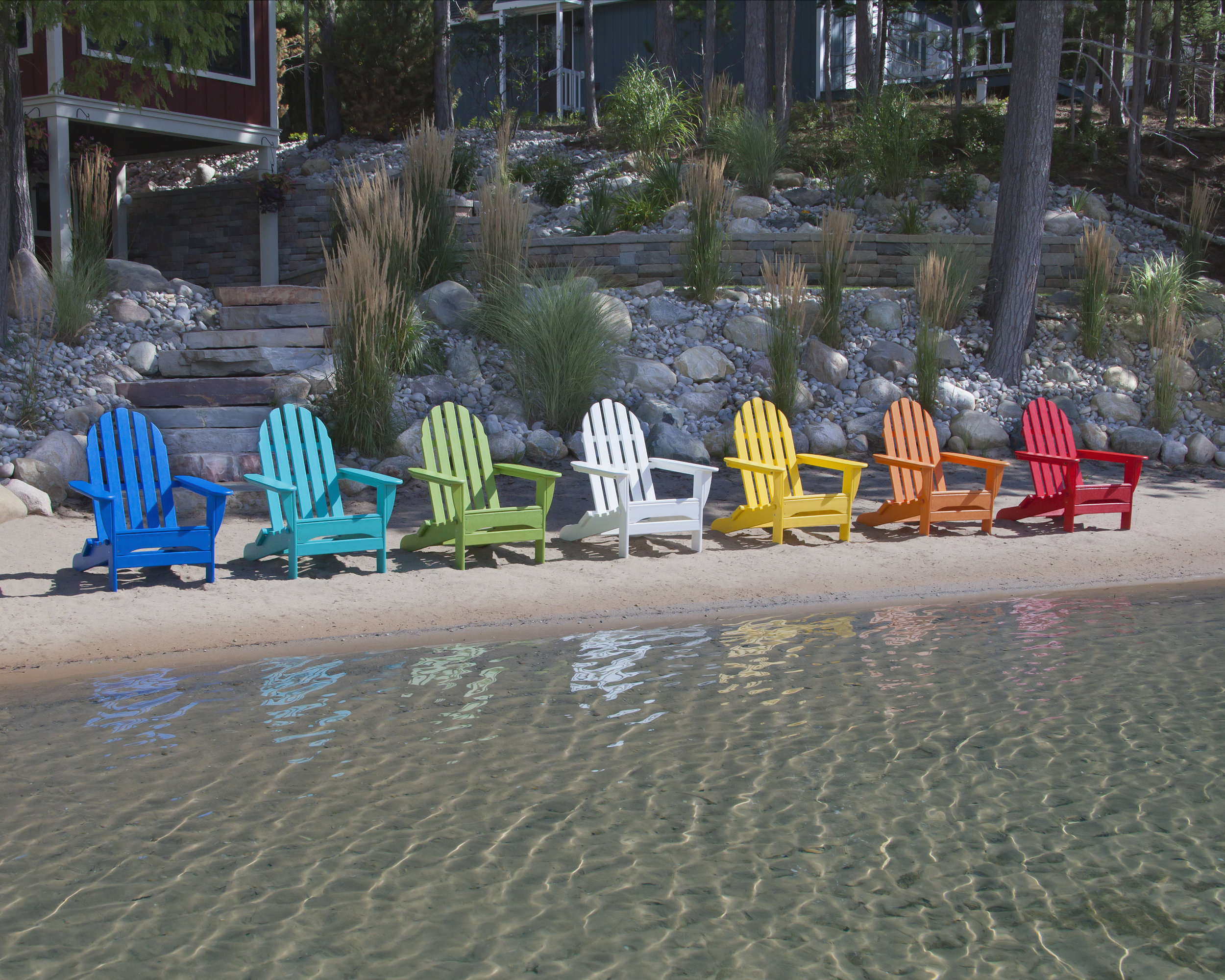 Made from recycled plastic, POLYWOOD has been an eco-friendly outdoor furniture pioneer. Photo: POLYWOOD.