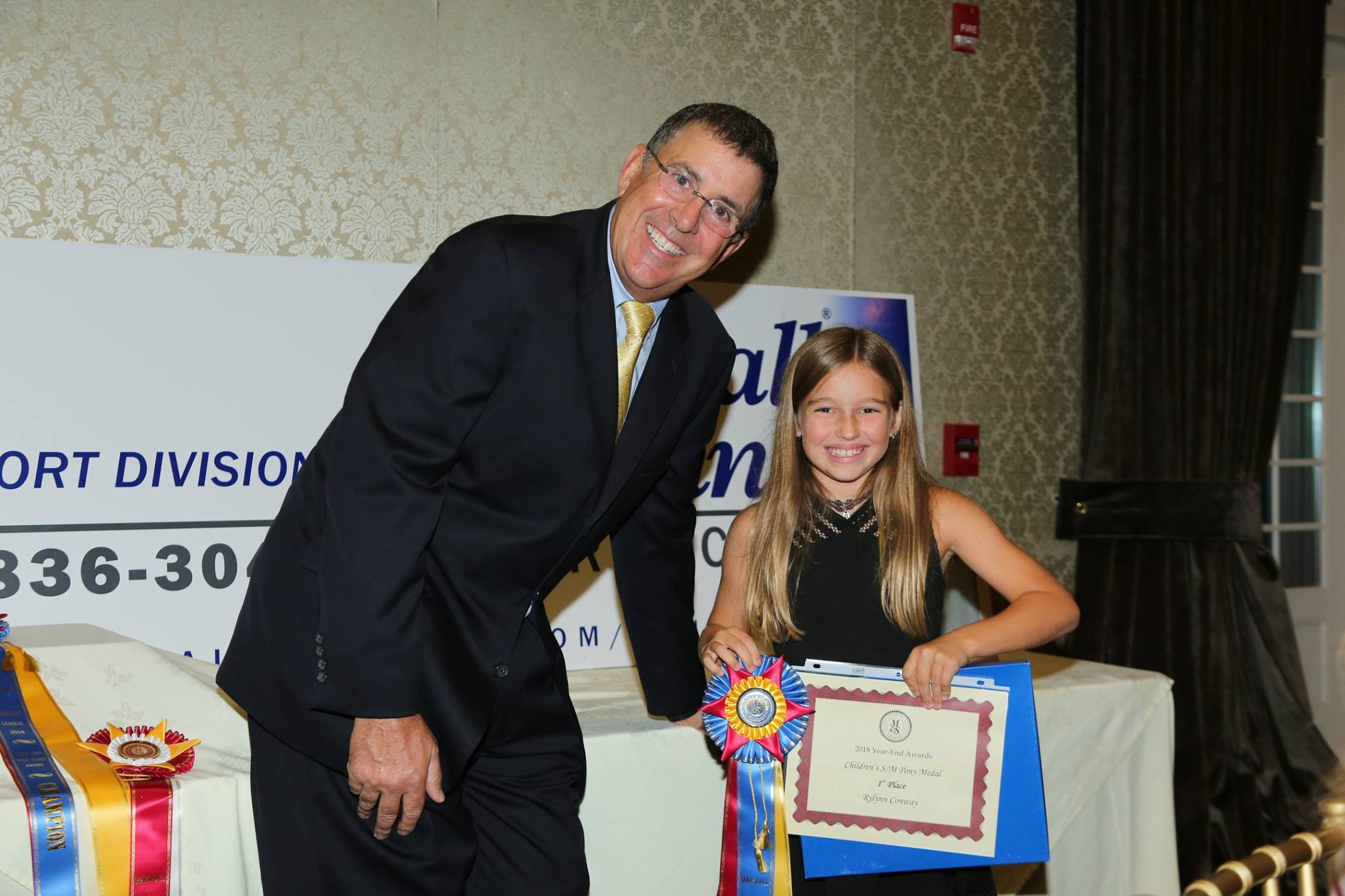 Don Graves with Rylynn conway - Children's small/medium pony medal champion