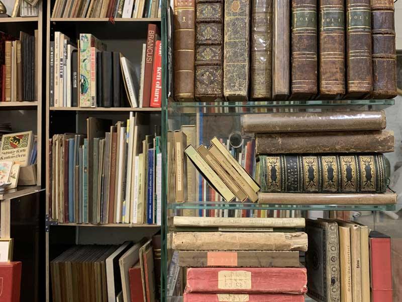 Vintage Bücher