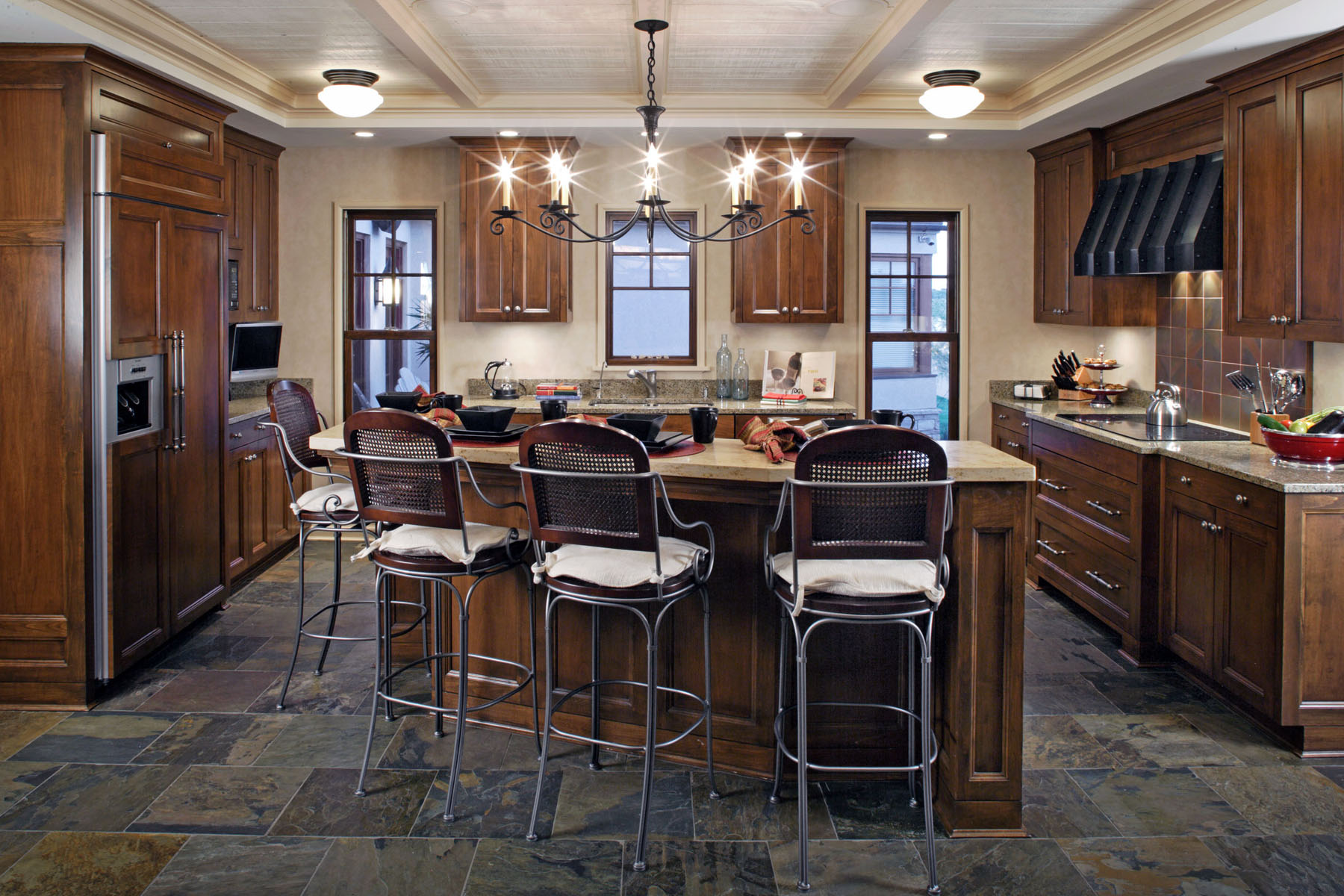 Kitchen-Island-Seating.jpg