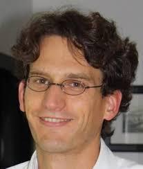 Carsten Bergmann: Director of Genetics (DE)