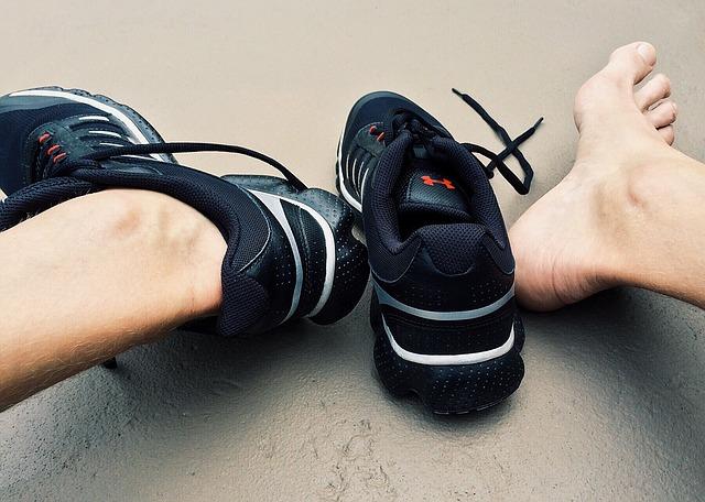 Run_Fitness_Workout_Feet_Shoes_Runner1499363_L_.jpg